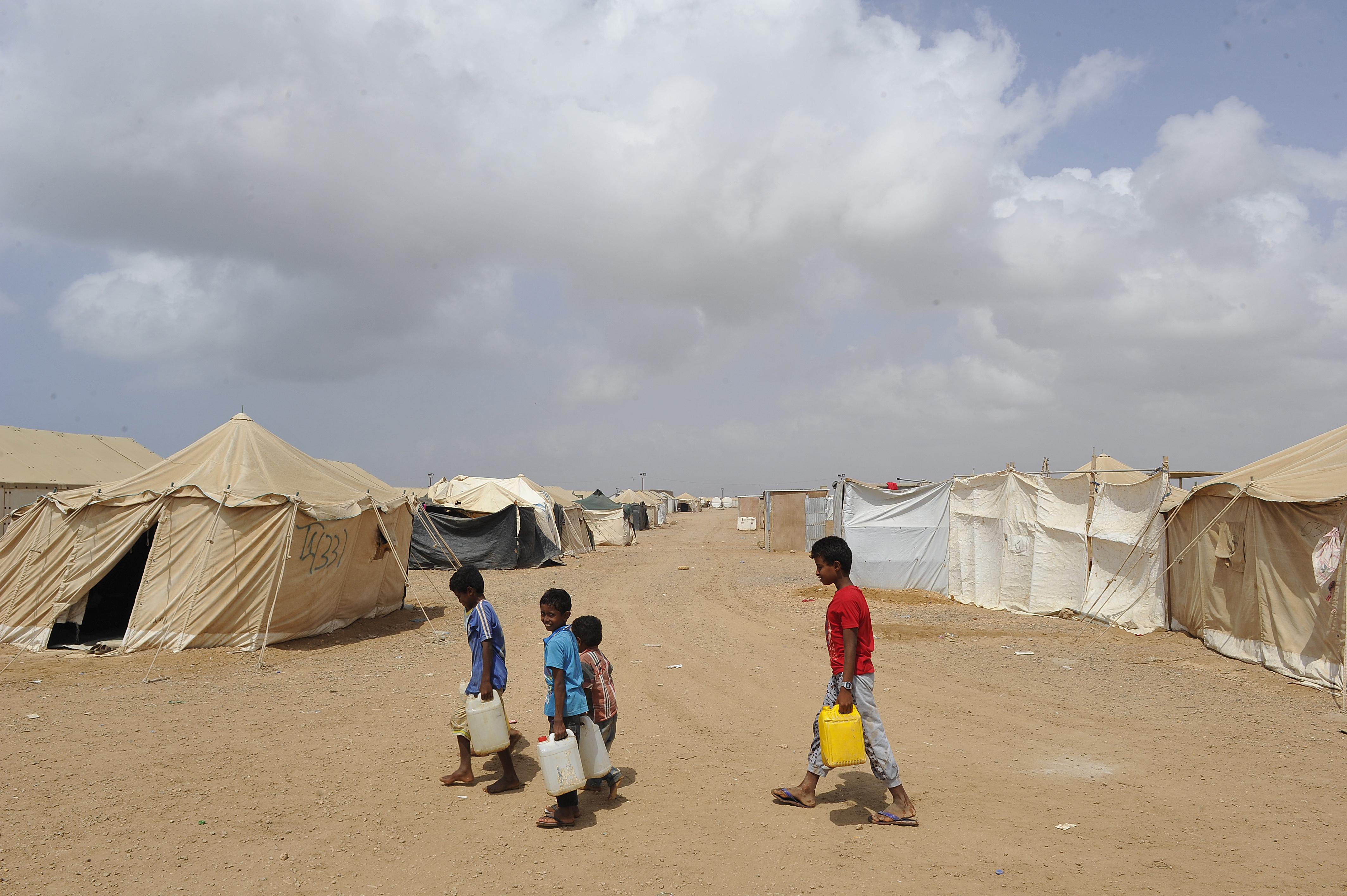 أطفال يمنيون لاجئون في جيبوتي