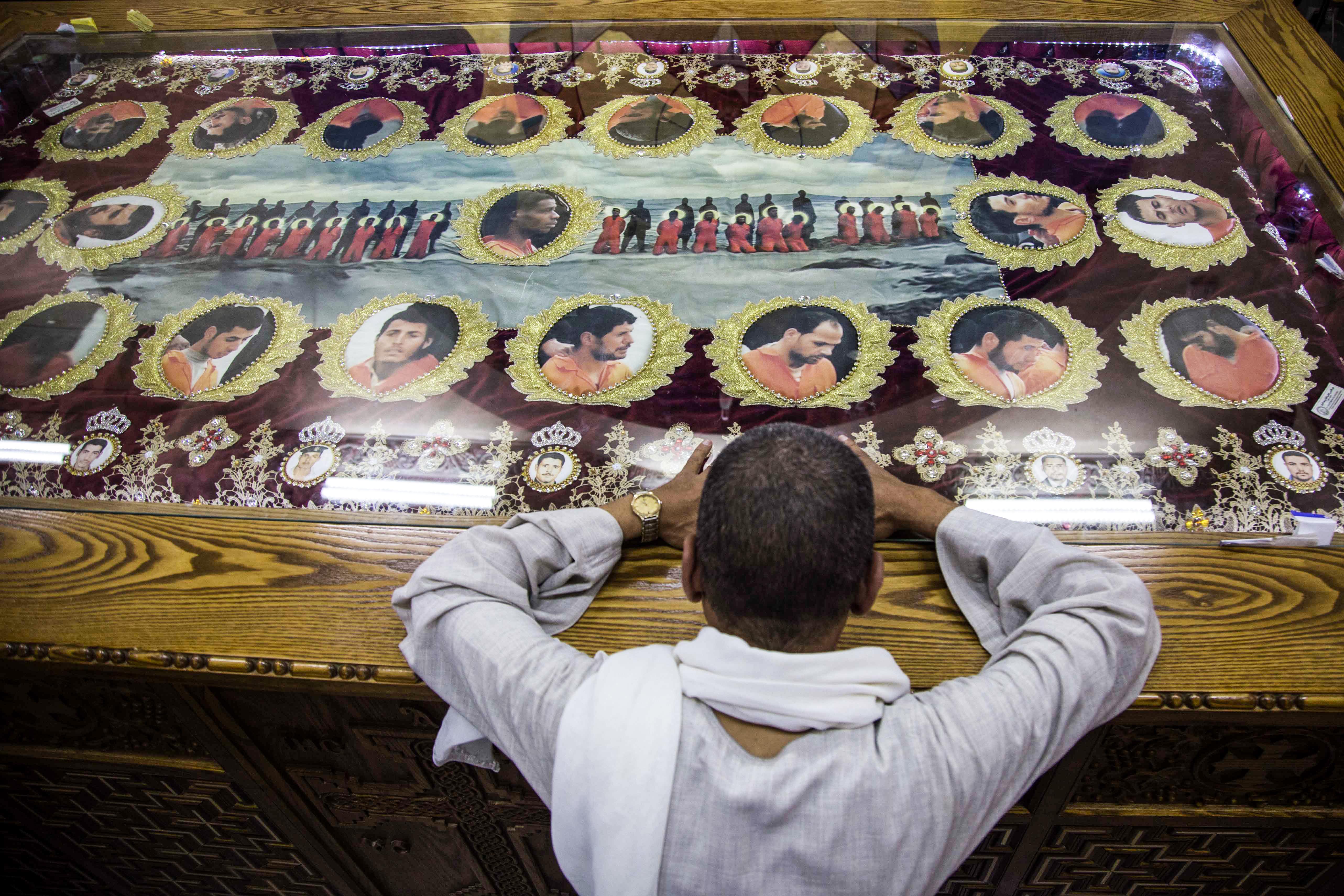 مصريون أقباط قتلوا في ليبيا