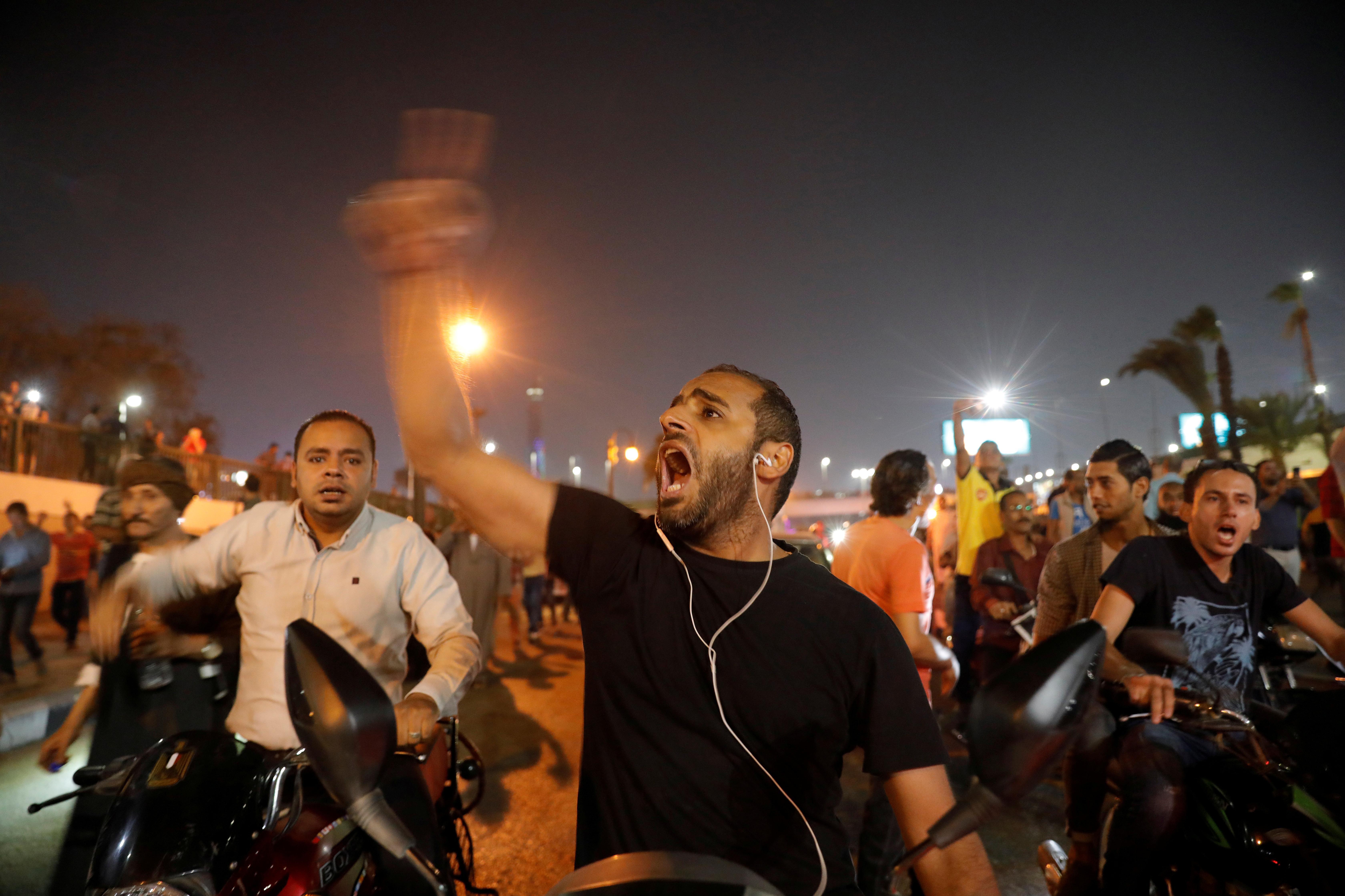 متظاهر قرب ميدان التحرير - 20 سبتمبر 2019