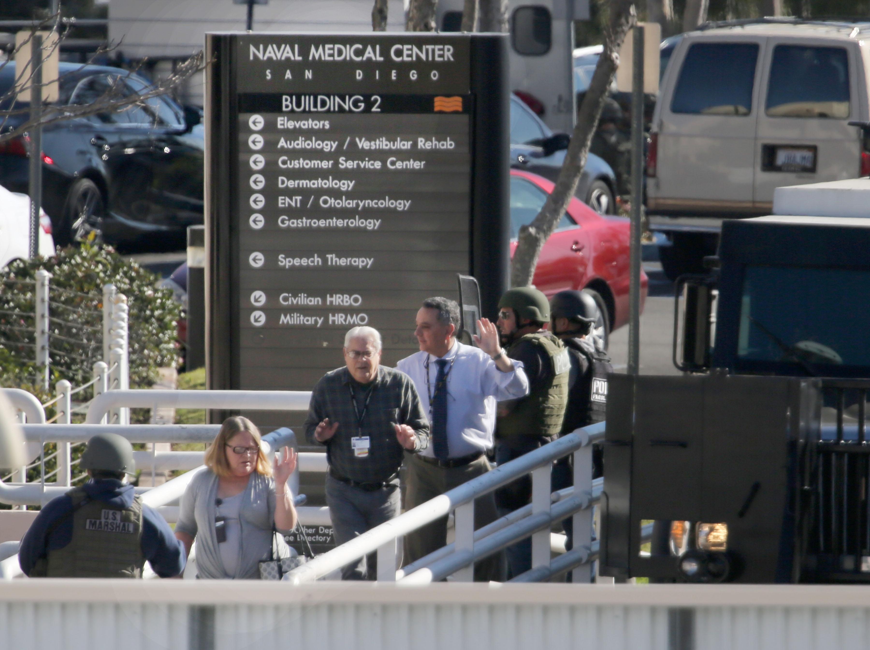 إجلاء أشخاص من المركز الطبي التابع للبحرية في سان دييغو إثر ورود أنباء عن إطلاق نار