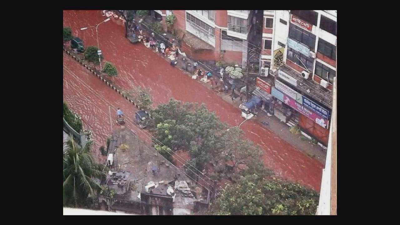 شوارع حمراء في دكا