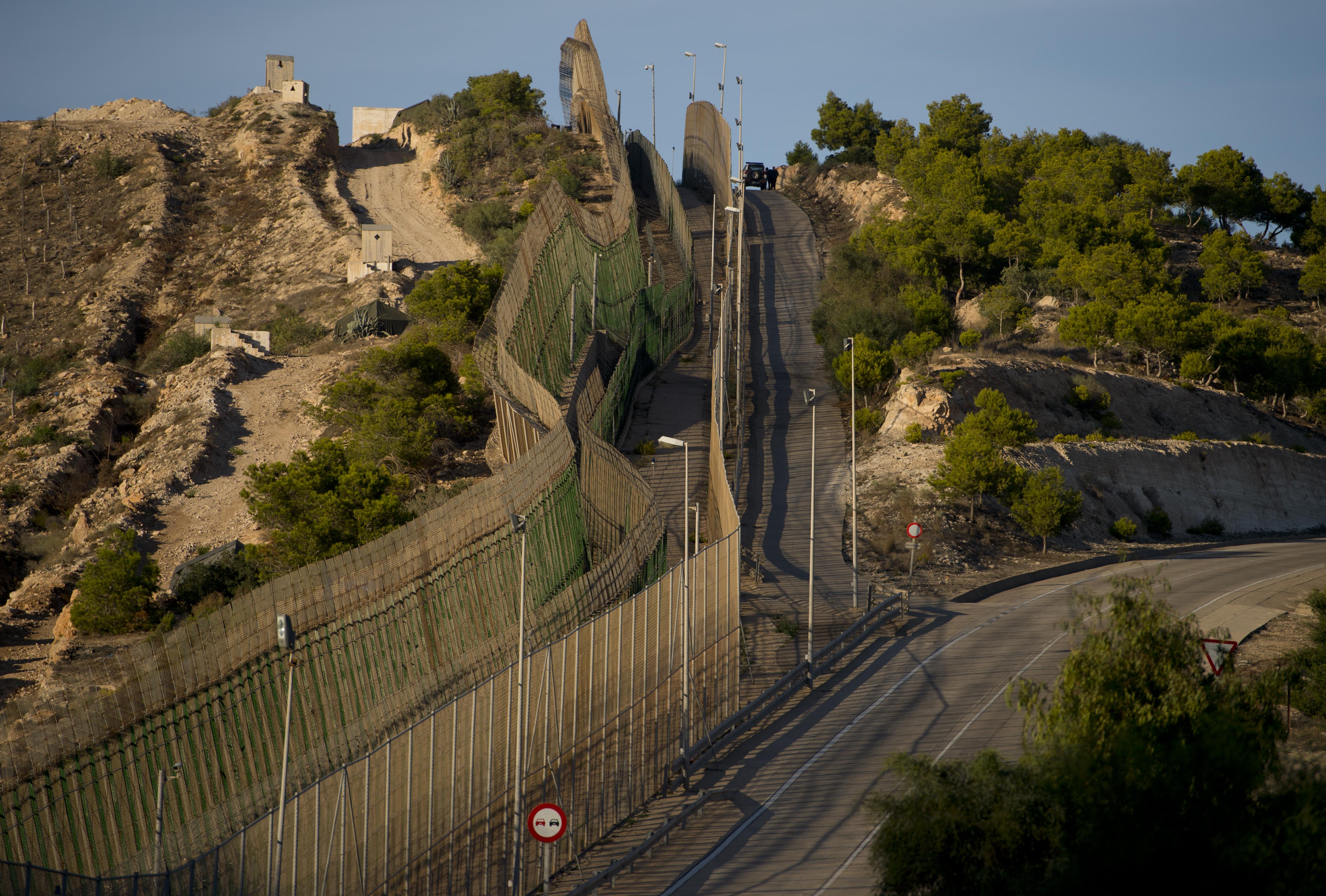 السياج الحدودي في مليلية