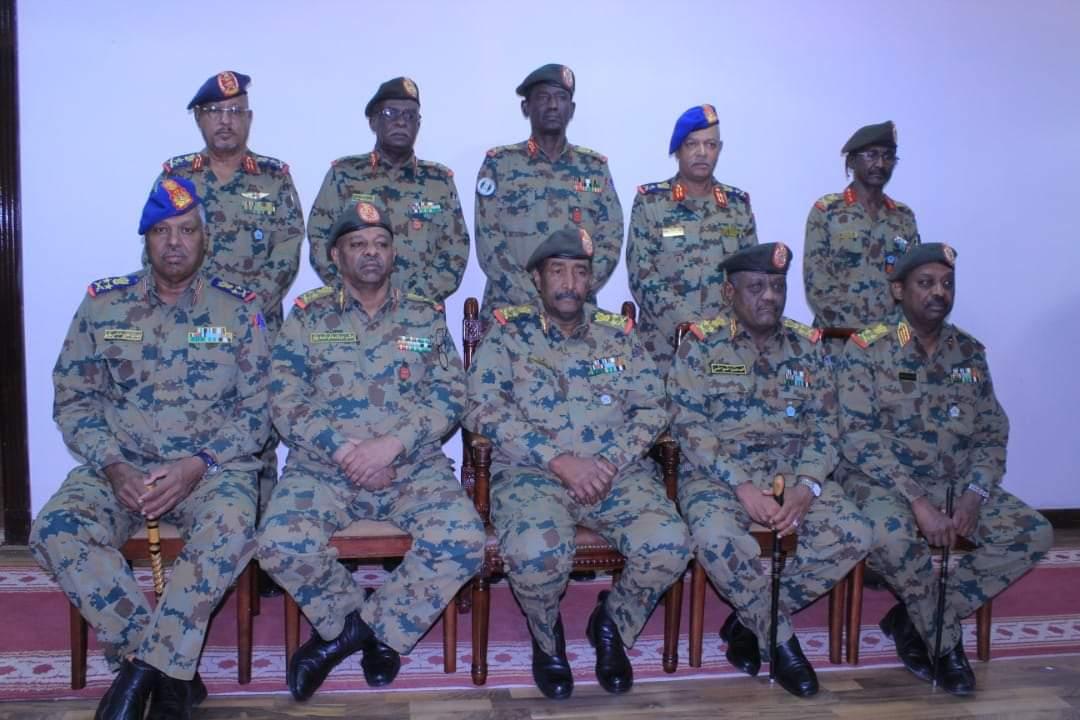 صورة لأعضاء المجلس العسكري السوداني