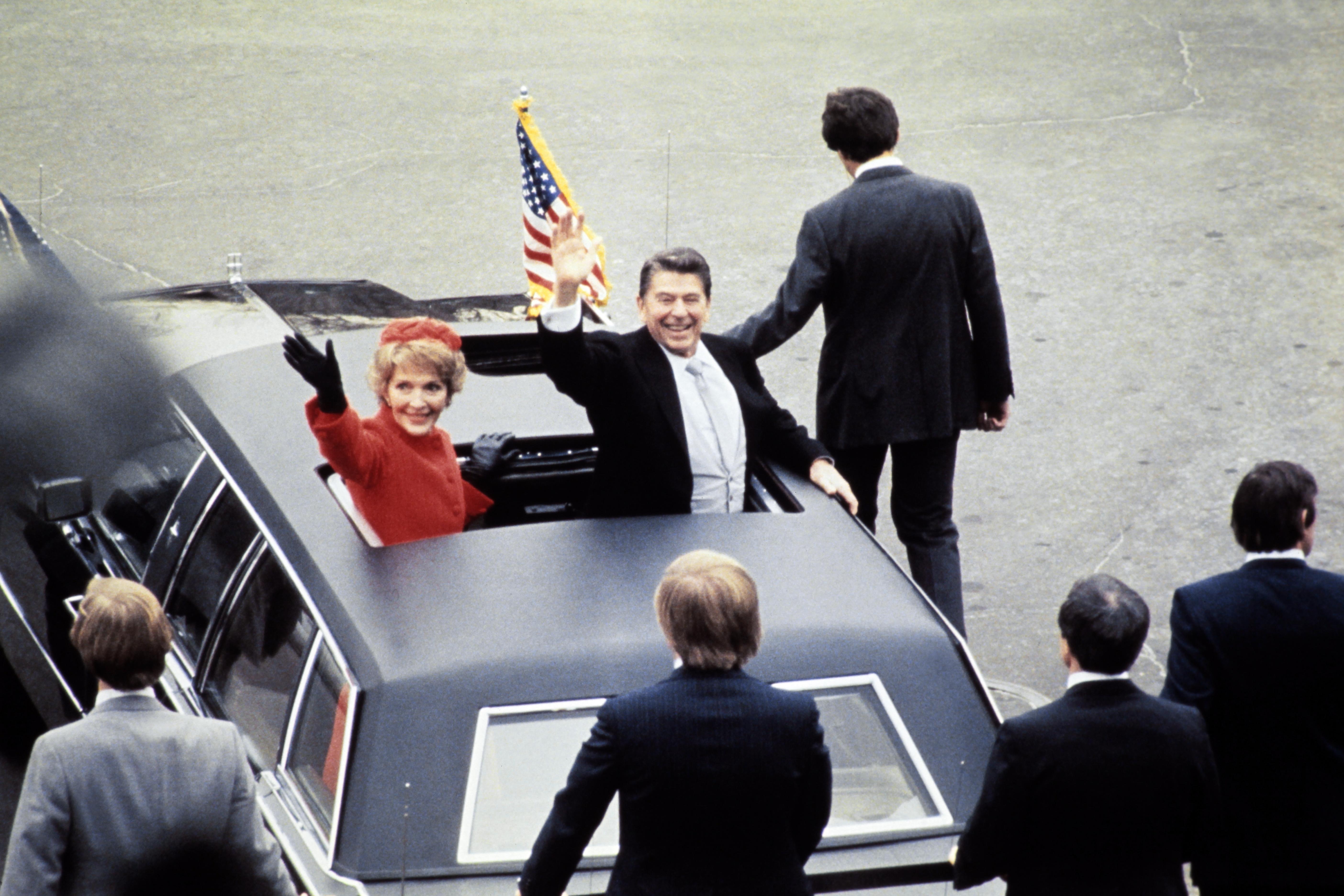 الرئيس رونالد ريغان وزوجته نانسي في عام 1981
