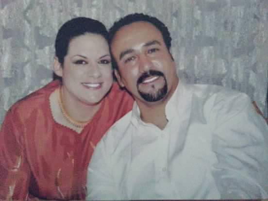 مصطفى وزوجته دينا