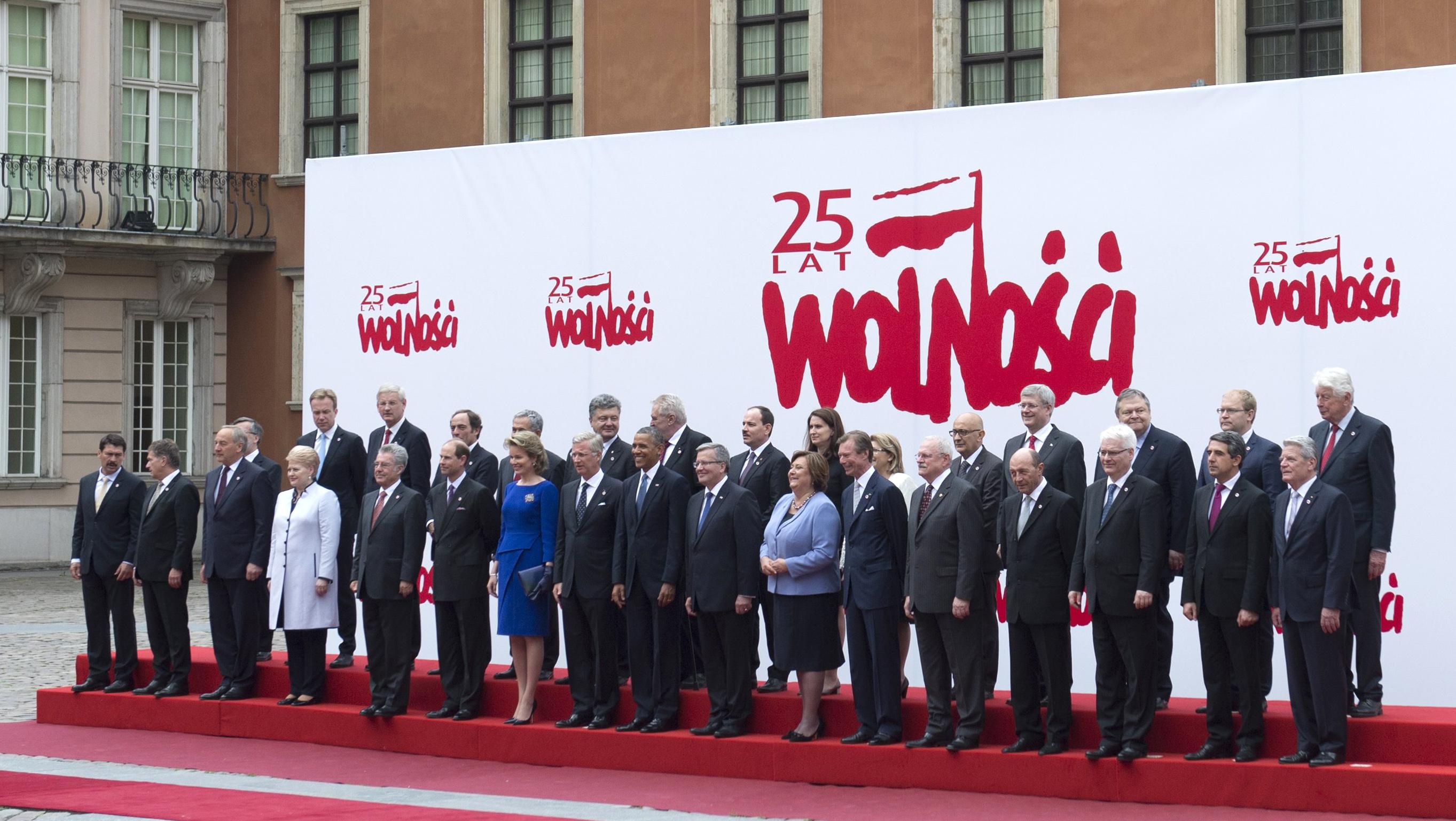 القادة المشاركون في احتفالات الذكرى 25 لأول انتخابات ديموقراطية في بولندا