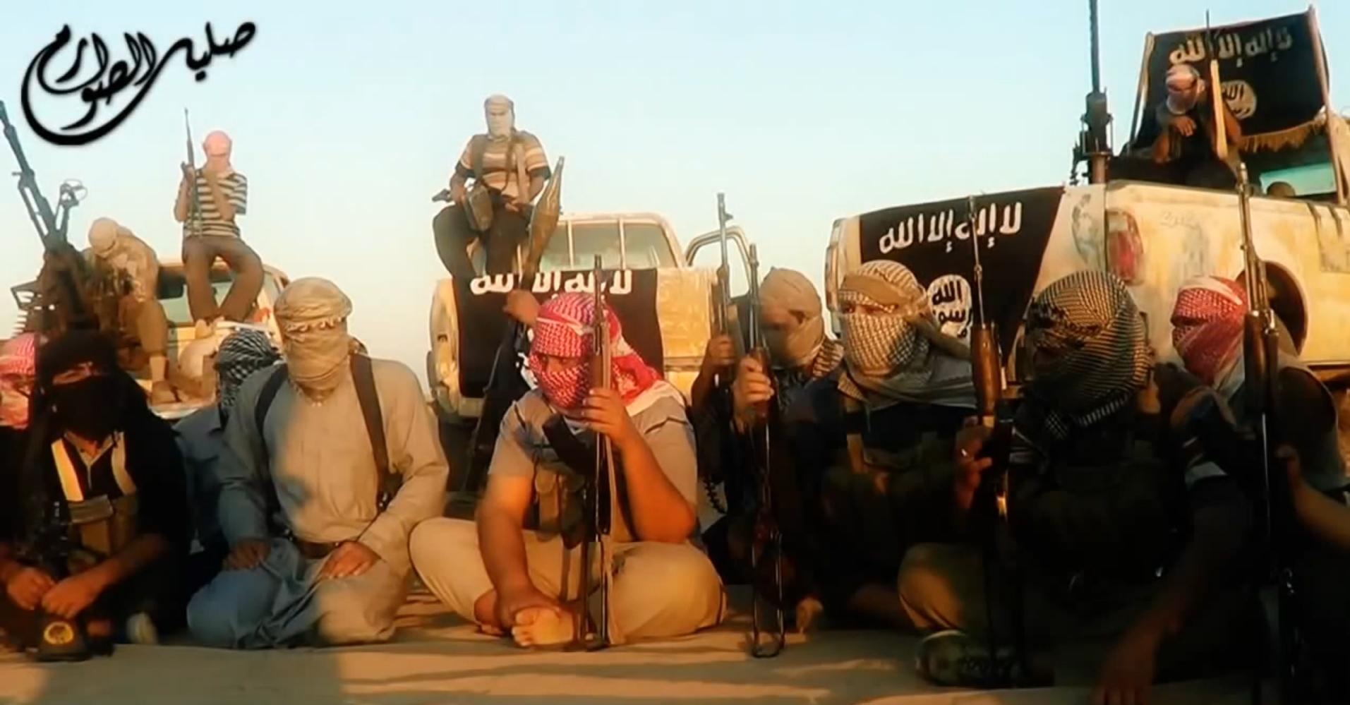 مسلحون ينتمون إلى داعش في العراق