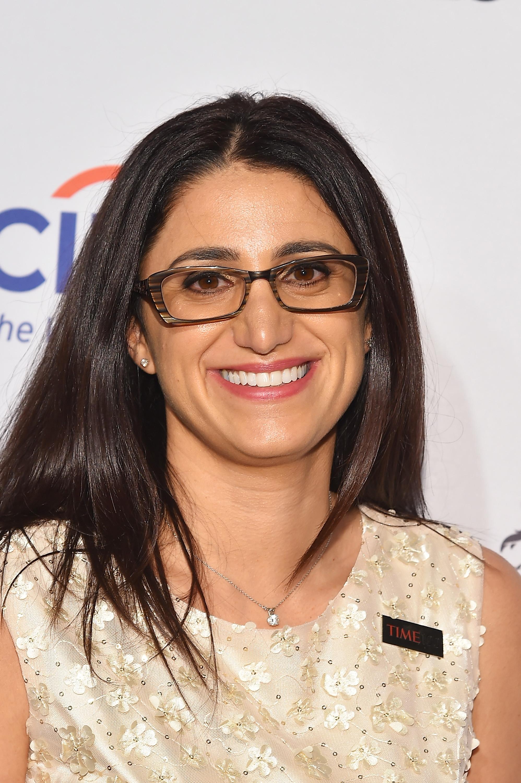 الدكتورة منى حنا عتيشا أثناء حضورها حفل 100 الشخصية الأكثر تأثيرا لمجلة تايمز