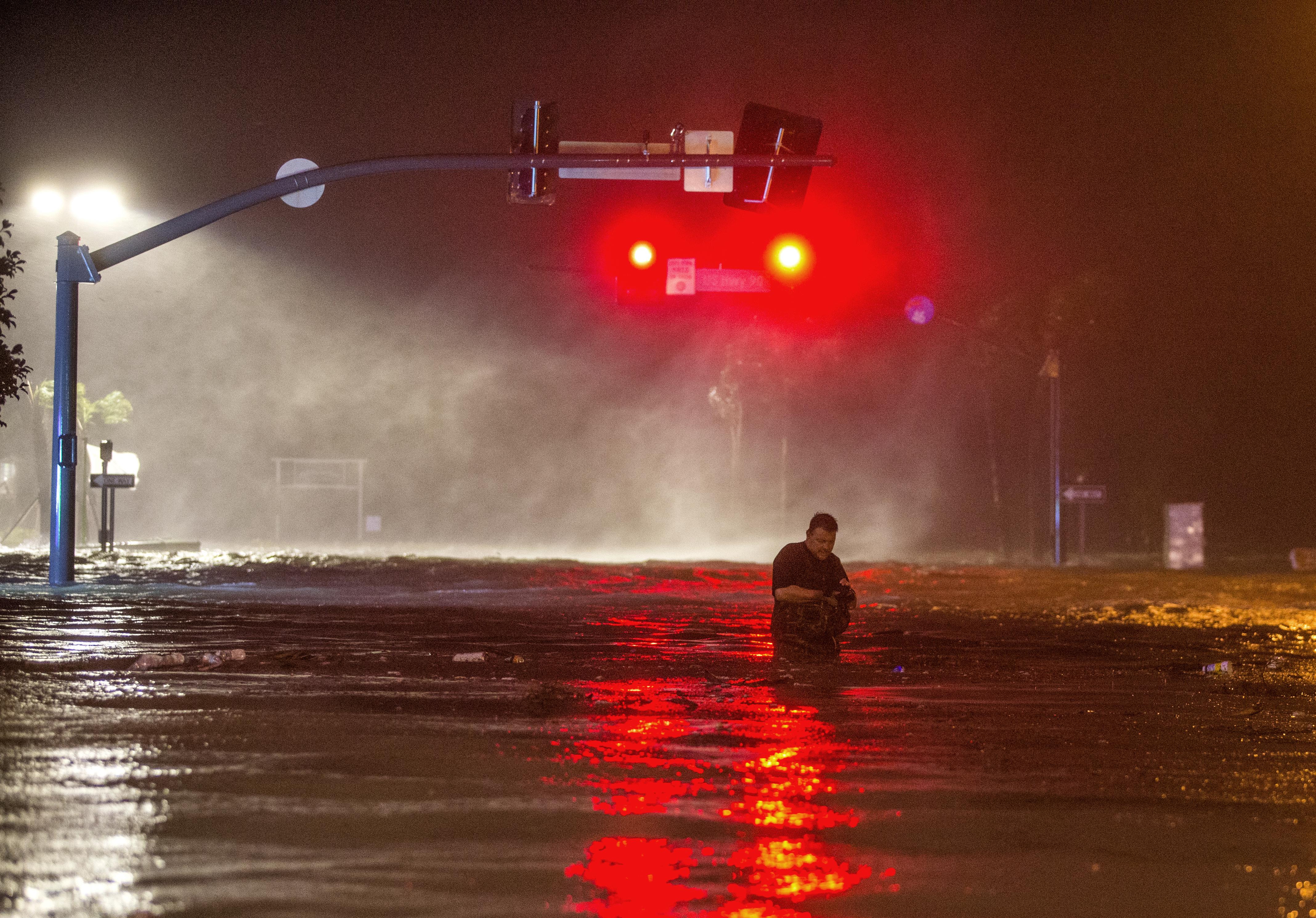 الأمطار الغزيرة أغرقت شوارع بعض المناطق في ولاية أوكلاهوما