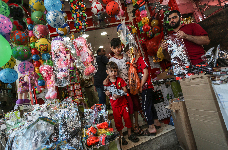 محل لبيع ألعاب الأطفال في غزة