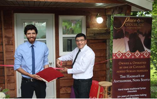 الاحتفال بافتتاح متجر السلام عبر الشوكولاتة