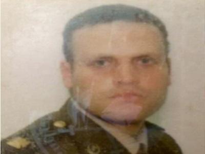 هشام عشماوي بالبدلة العسكرية