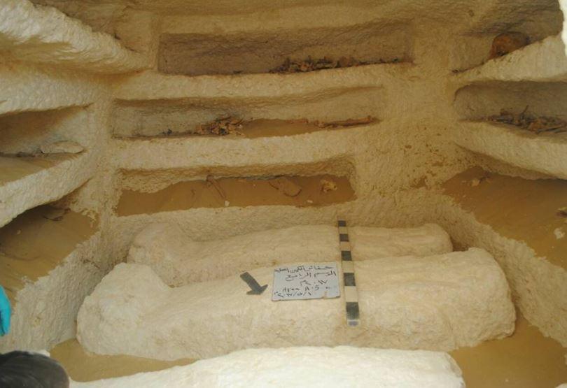 داخل إحدى المقابر الأثرية المكتشفة في المنيا من موقع وزارة الآثار المصرية