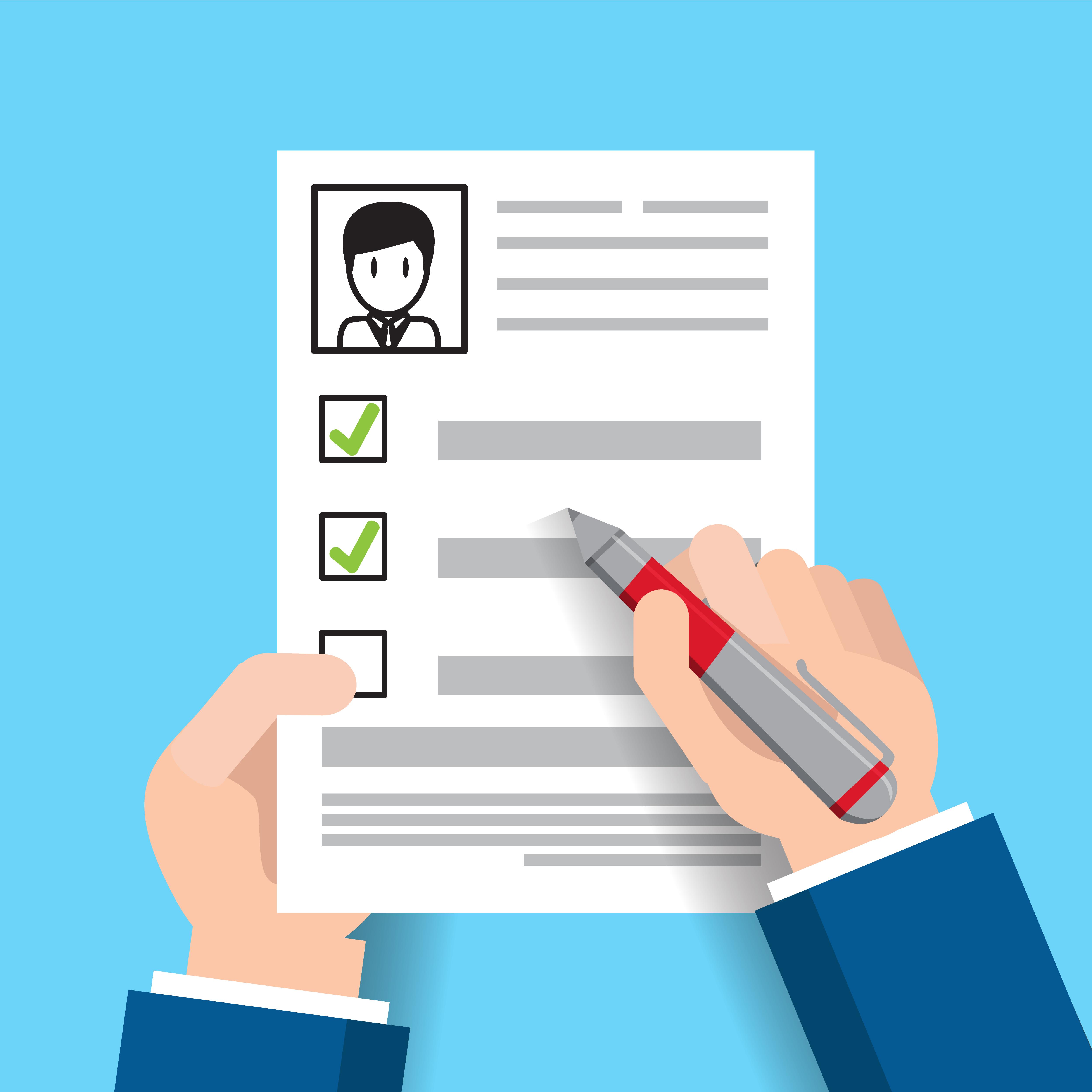 على المتقدم بطلب التوظيف التمتع بالحد الأدنى من المؤهلات