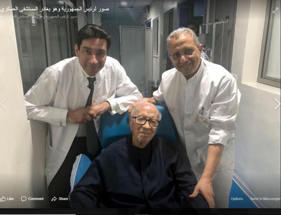 السبسي لدى خروجه من المستشفى بعد تعرضه لوعكة صحية في يونيو 2019