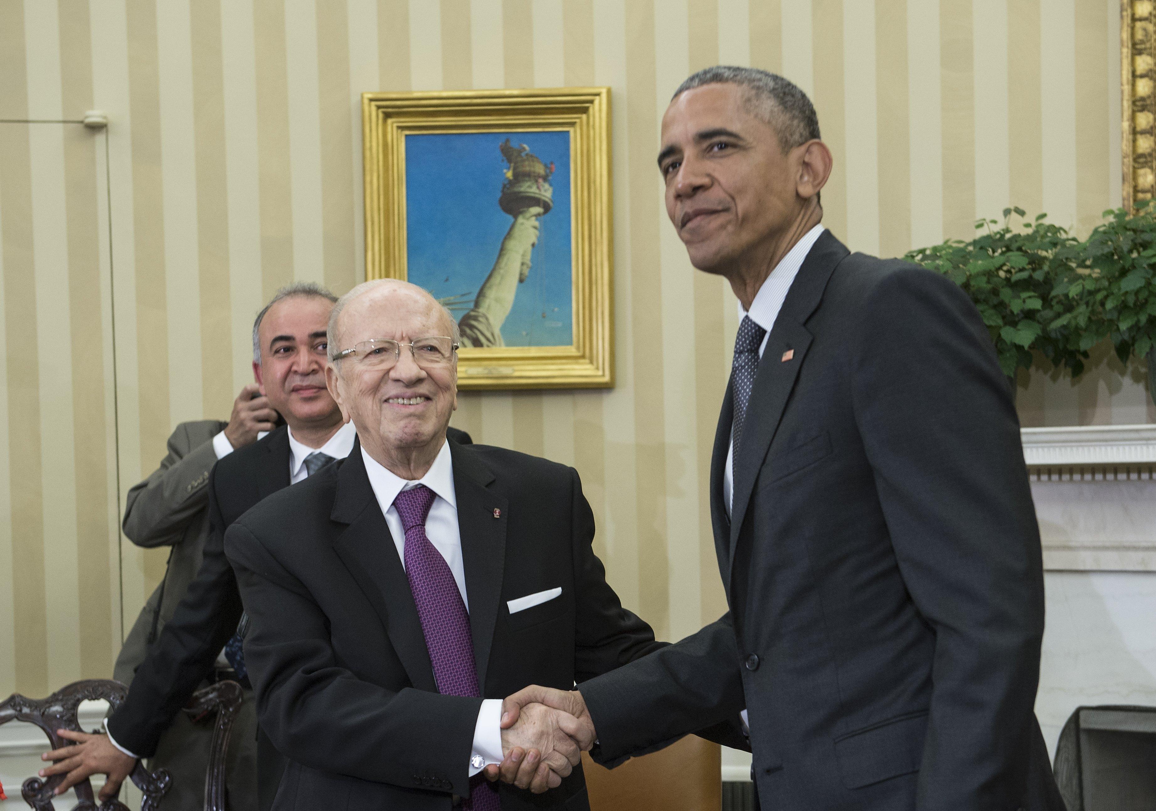 الرئيس باراك أوباما في لقائه مع الرئيس التونسي الباجي قائد السبسي