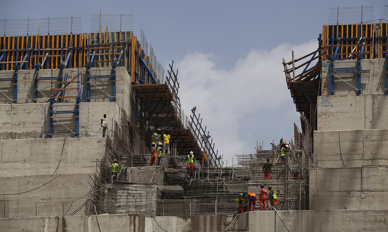 من أعمال البناء في سد النهضة في أثيوبيا (أرشيفية)
