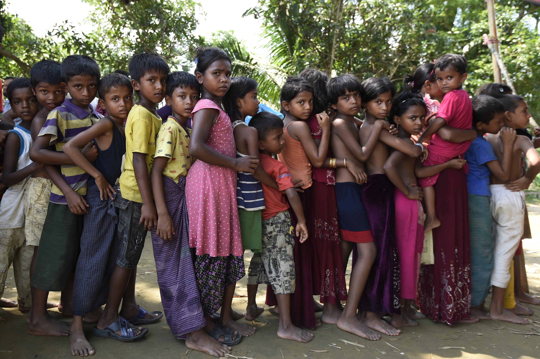 أطفال ضمن اللاجئين الروهينغا