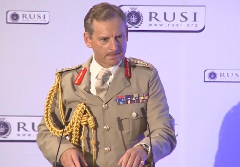 قائد الجيش البريطاني رئيس هيئة الأركان الجنرال مارك كارلتون-سميث