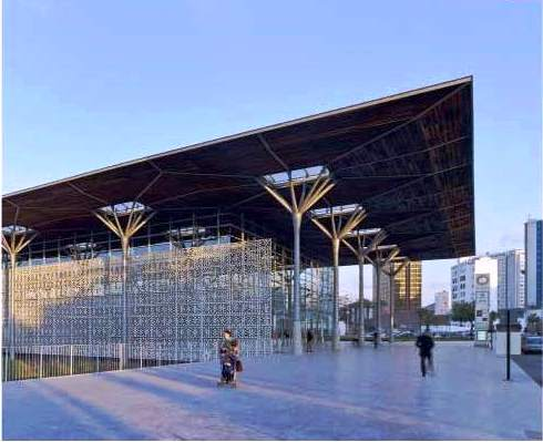 محطة قطار الدار البيضاء في المغرب