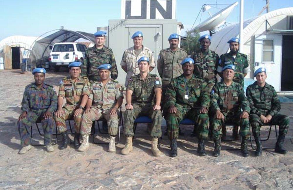 أفراد من بعثة المينورسو (مصدر الصورة: الموقع الرسمي للبعثة على الإنترنت)