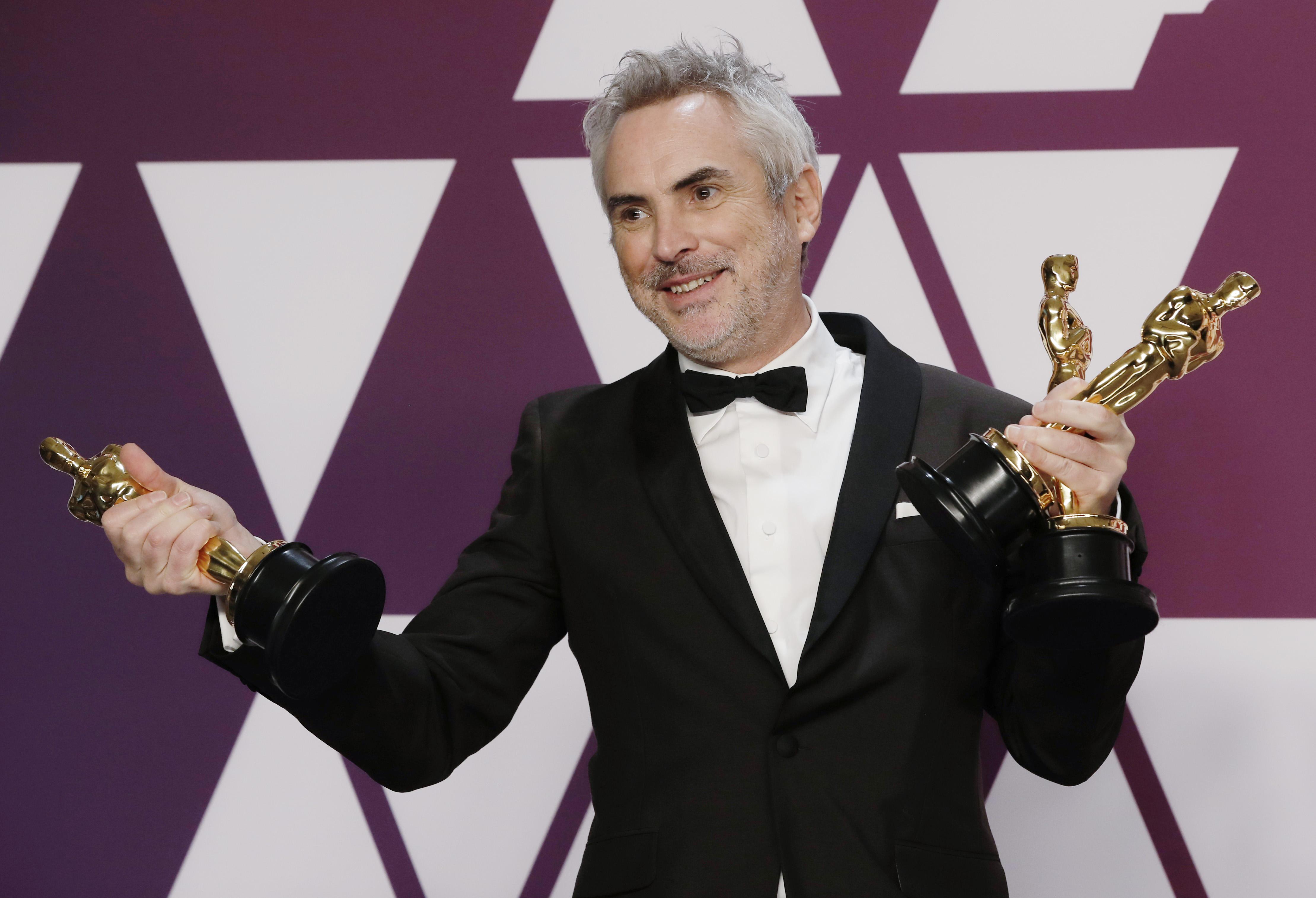 """المخرج المكسيكي ألفونسو كوارون، الفائز بثلاث جوائز أوسكار فئات أفضل مخرج وأفضل تصوير وأفضل فيلم أجنبي عن فيلم """"Roma"""""""