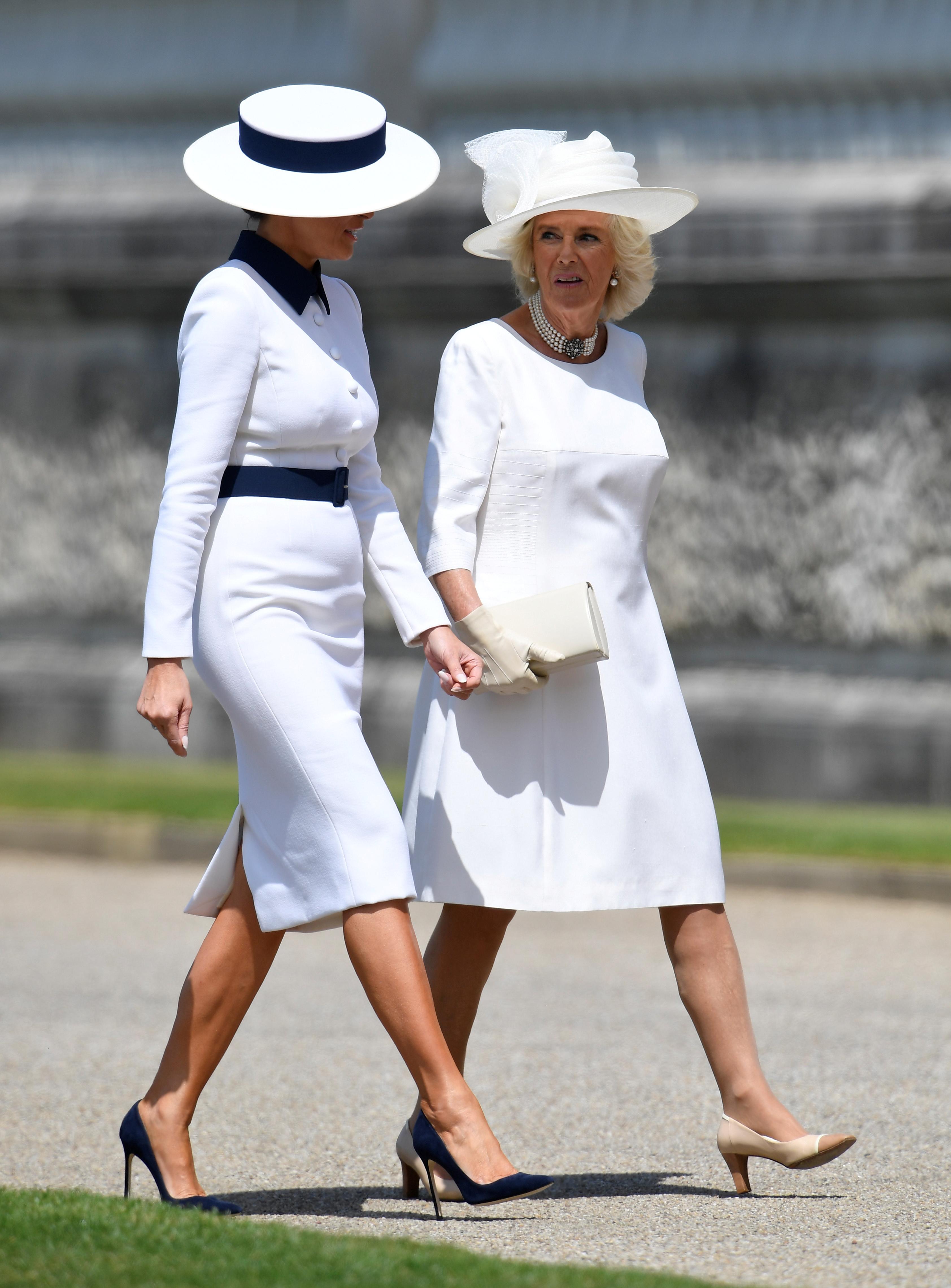 السيدة الأولى ميلانيا برفقة زوجة الأمير تشارلز كاميلا دوقة كورنوال