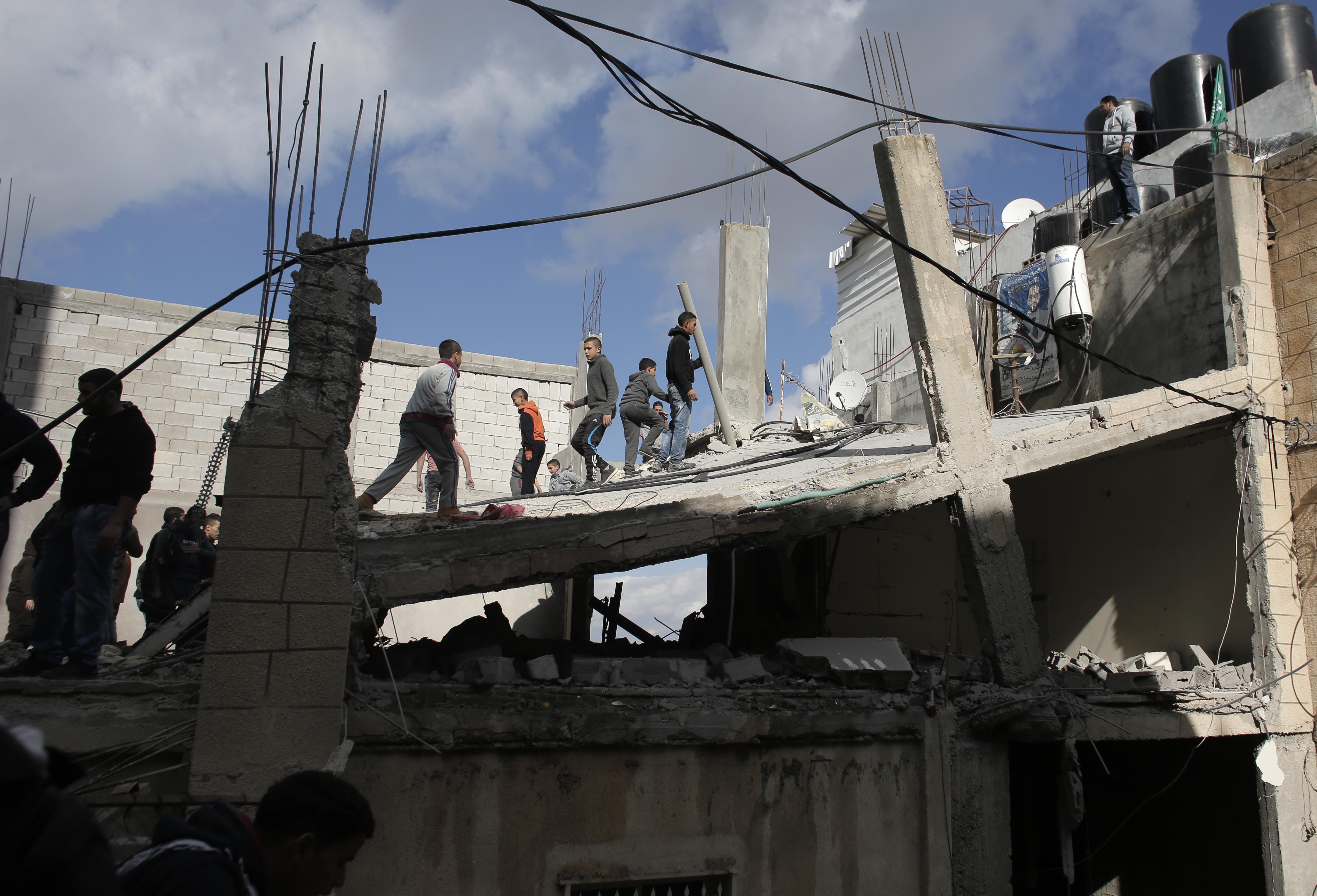 منزل العكاري بعد أن هدمته السلطات الإسرائيلية