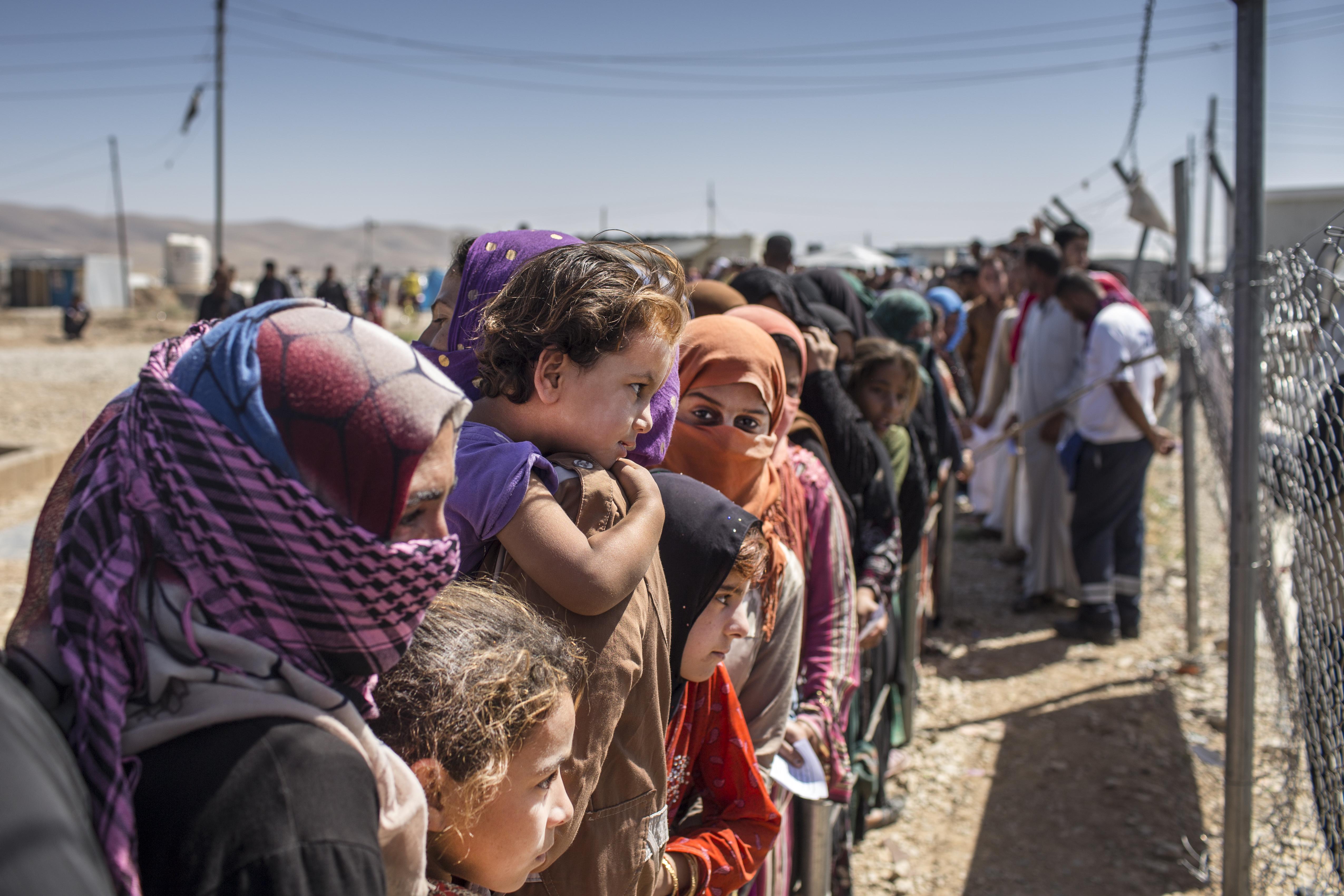 عراقيون بمخيم الرباط للاجئين بمدينة السليمانية