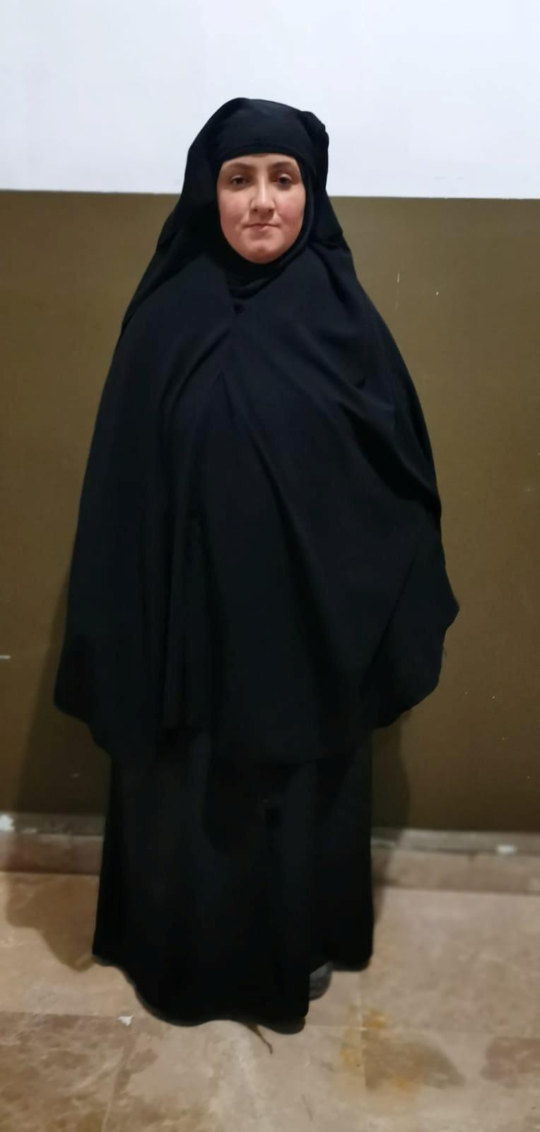 صورة لسيدة يعتقد أنها زوجة ابن رسمية عواد شقيقة البغدادي
