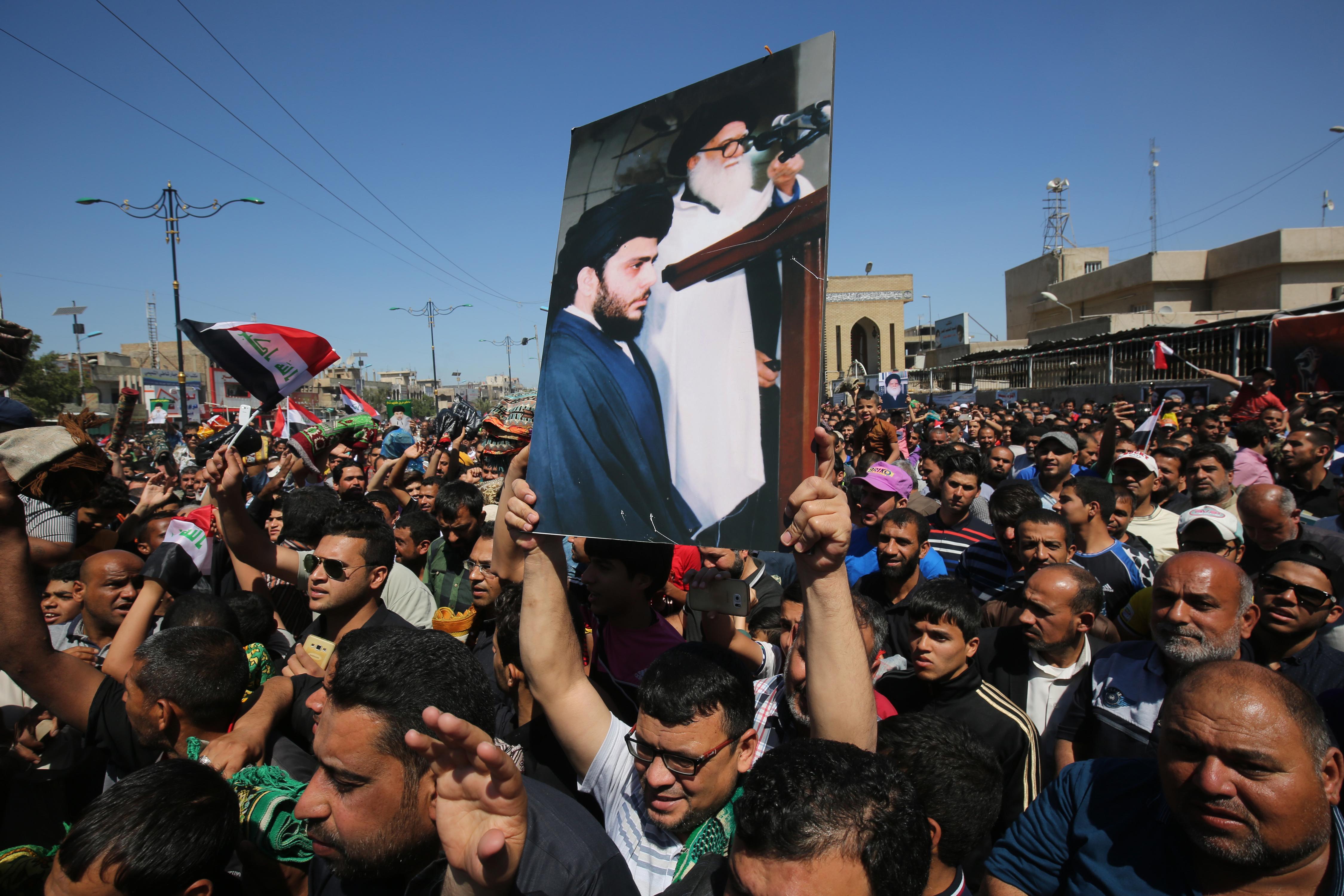 مظاهرات سابقة لأنصار مقتدى الصدر
