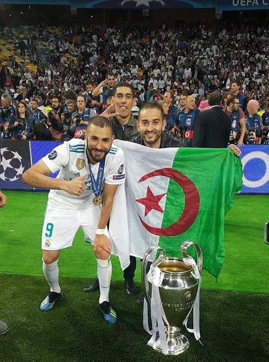 كريم بن زيمة يحتفل بفوز ريال مدريد بالكأس أمام راية الجزائر