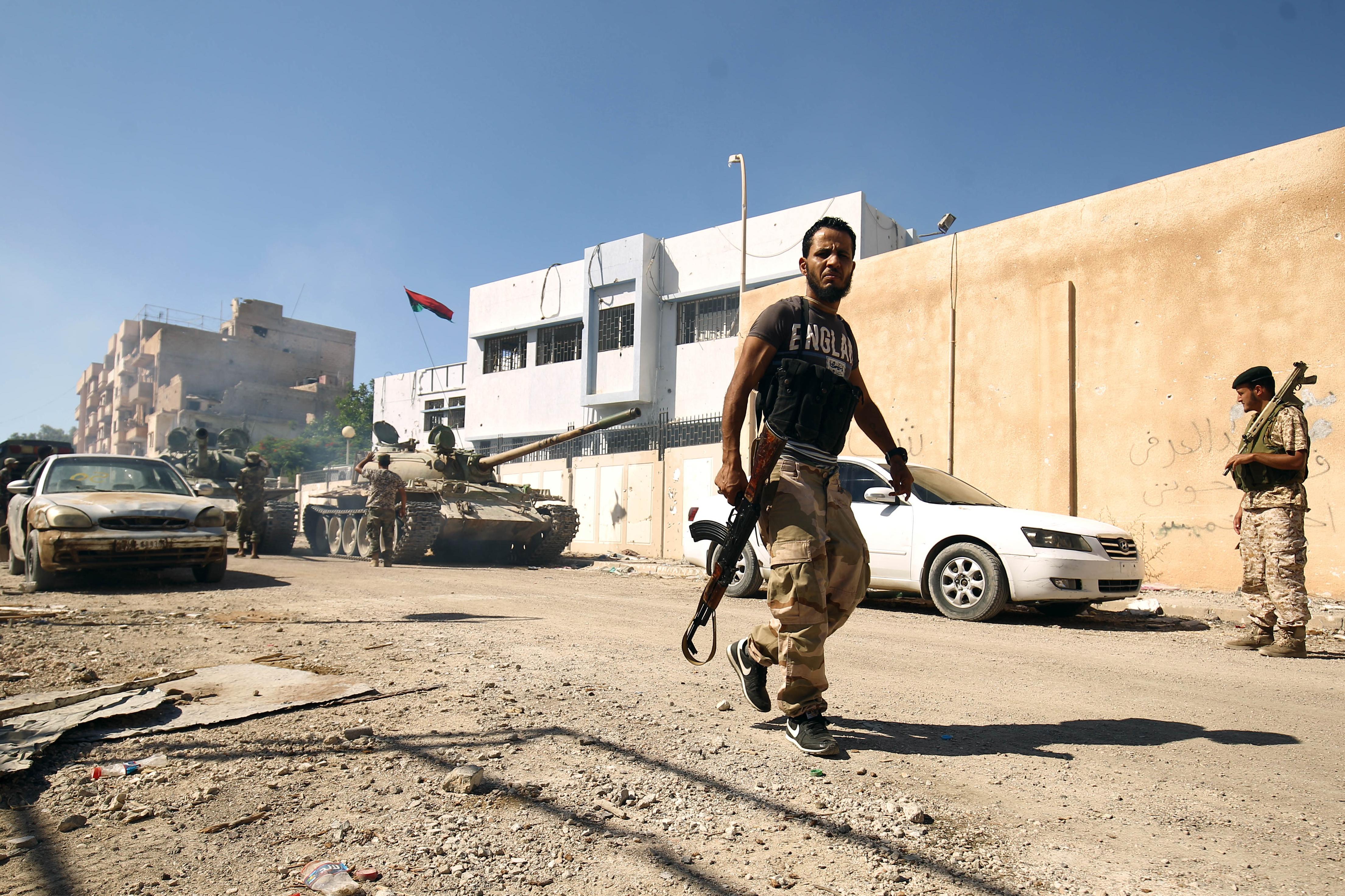 قوات تابعة للجيش الوطني الليبي في وسط بنغازي