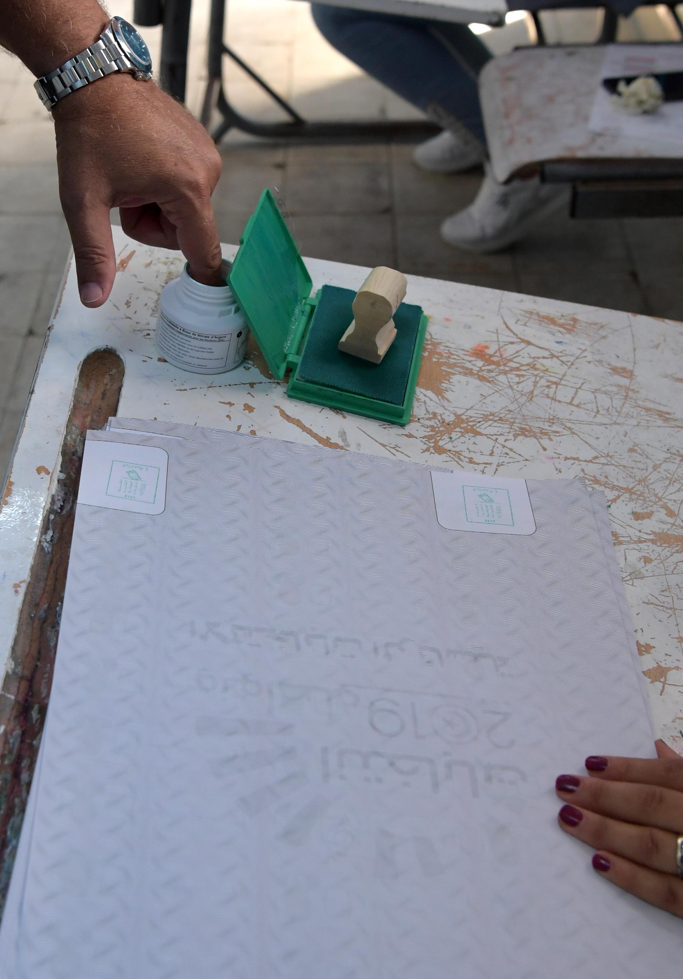 استخدم الحبر لضمان عدم تكرار تصويت الناخبين