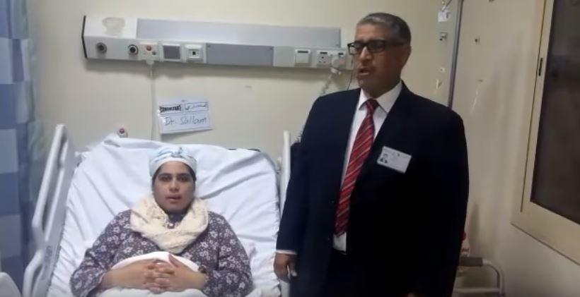 عبد المجيد مبخوتي رفقة المواطنة المغربية
