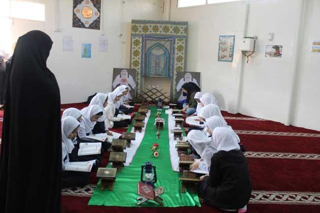 مسجد ملحق بمدرسة إيرانية في الإمارات / المصدر: موقع مركز الشؤون الدولية والمدارس في الخارج