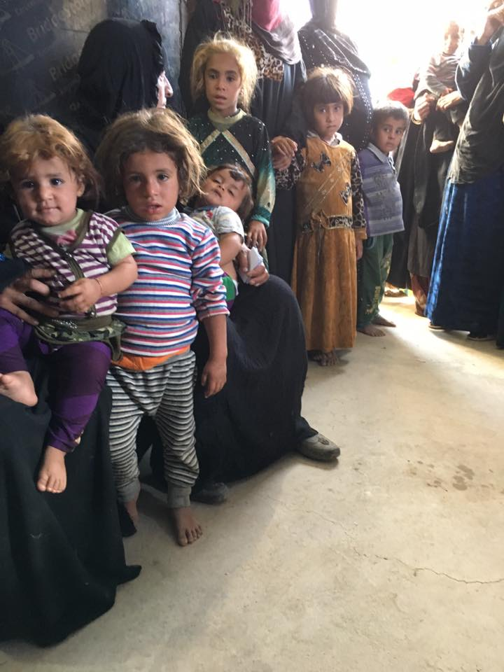 نازحون من الحويجة في مخيم دبس