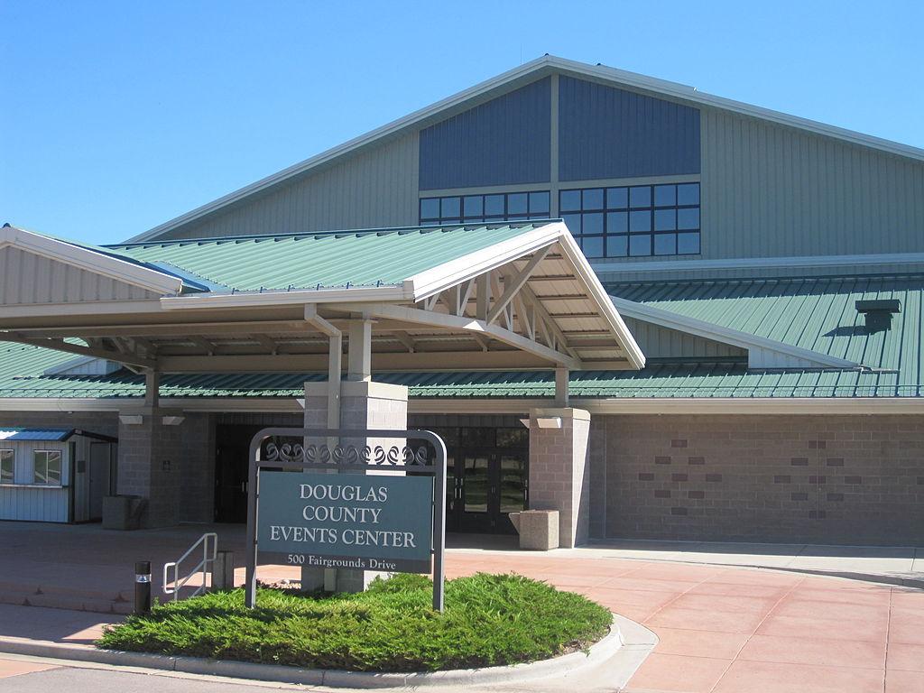 مبنى للمناسبات في مقاطعة دوغلاس