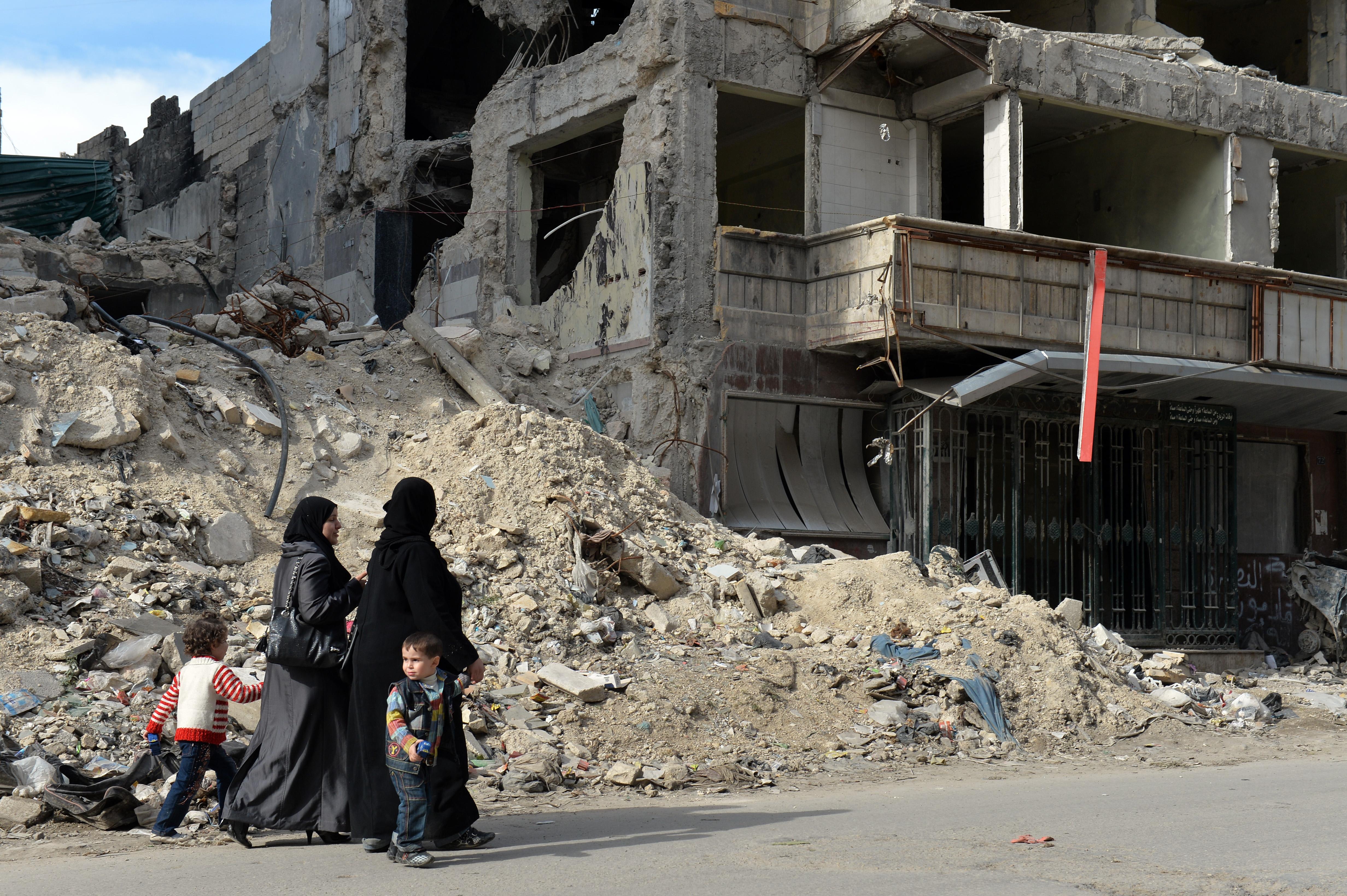 بقايا مستشفى في حلب تعرض للقصف -أرشيف