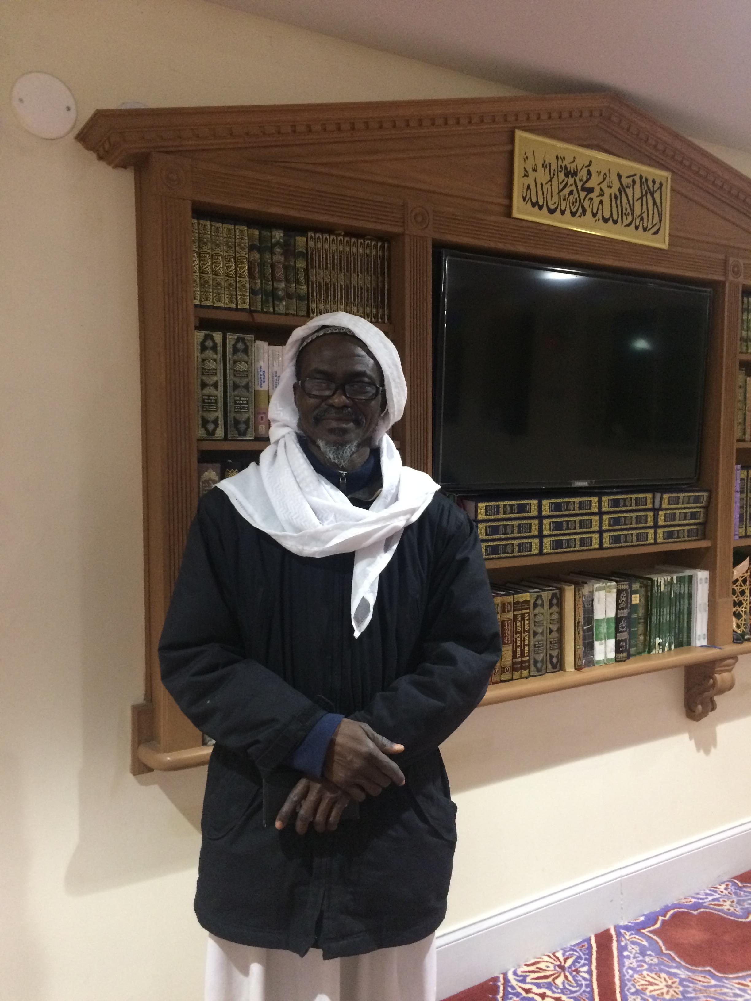 أحمد نذير - الخطيب والإمام في مسجد ICNA