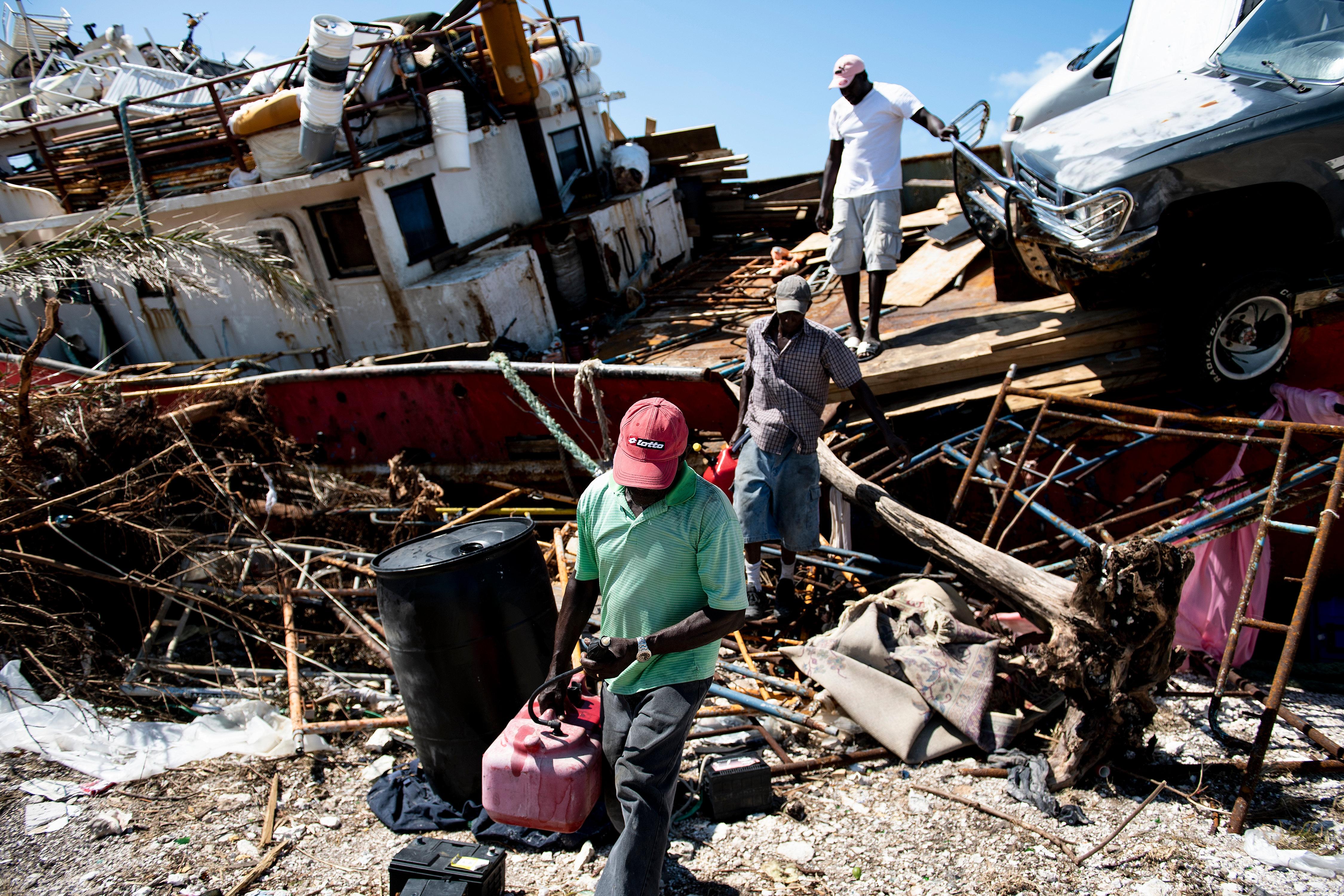 الباهاماس.. مخلفات مرور إعصار دوريان
