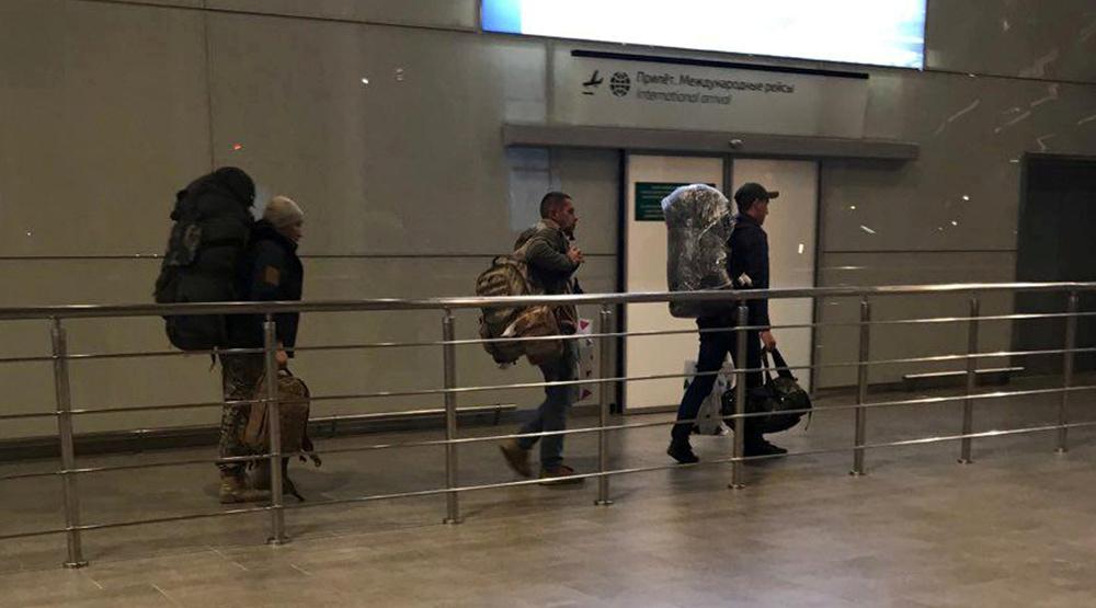 مسافرون قادمون لمطار دمشق الدولي