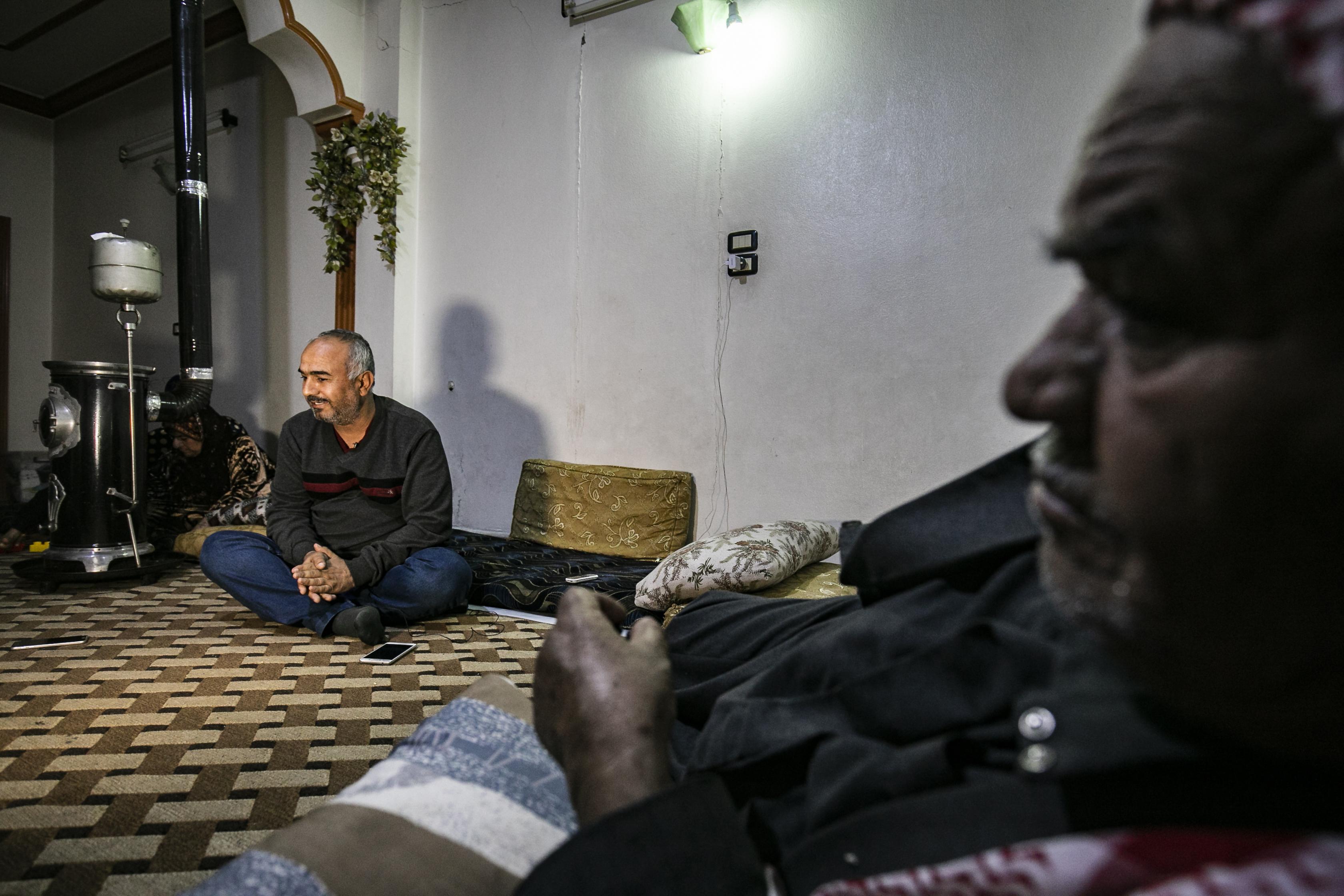 مصطفى الزعيم نازح كردي