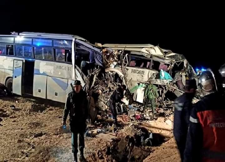 استنفرت الحماية المدنية ثلاثة عشر سيارة اسعاف لنقل المصابي