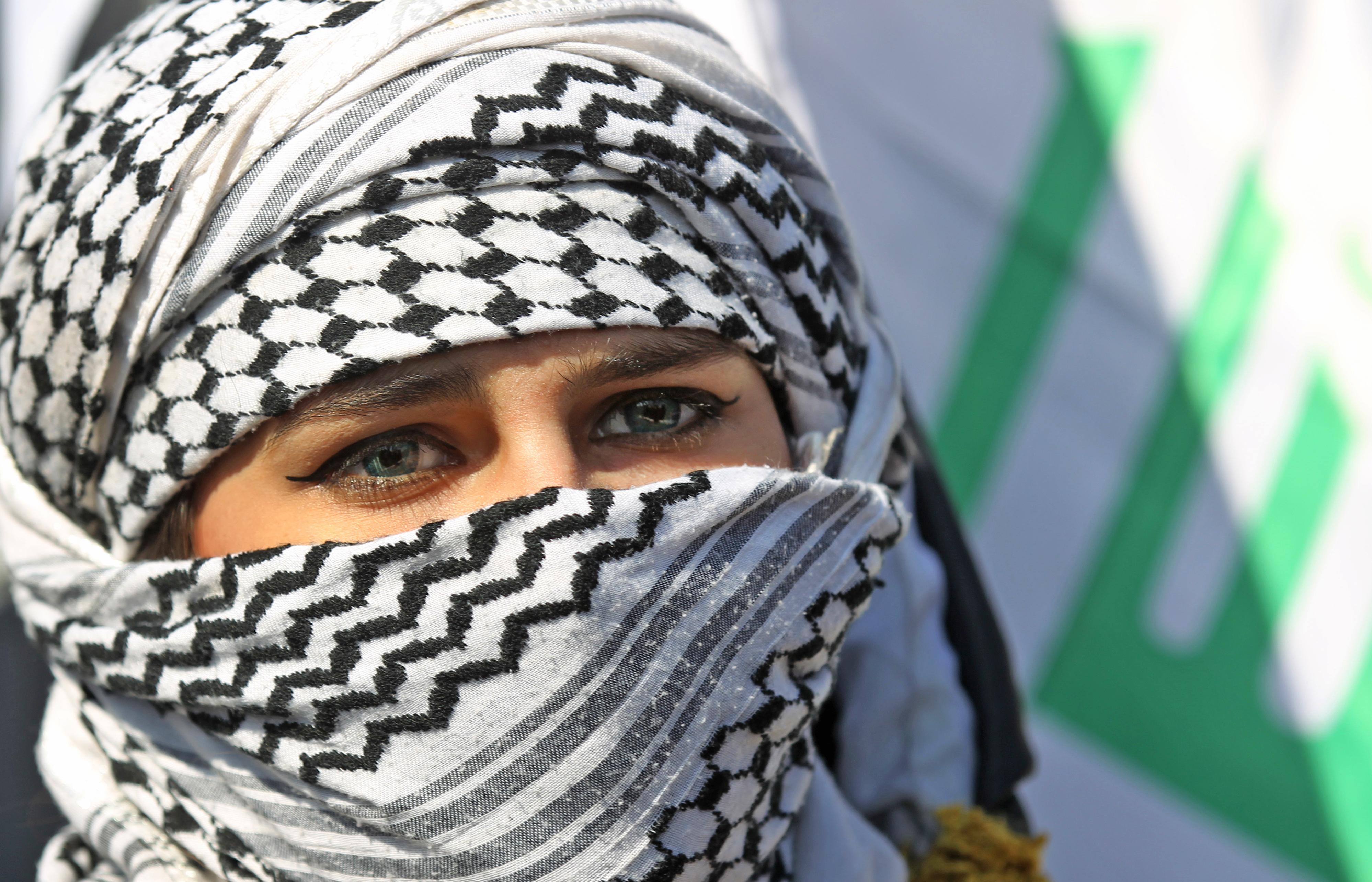 ثائرة عراقية في بغداد