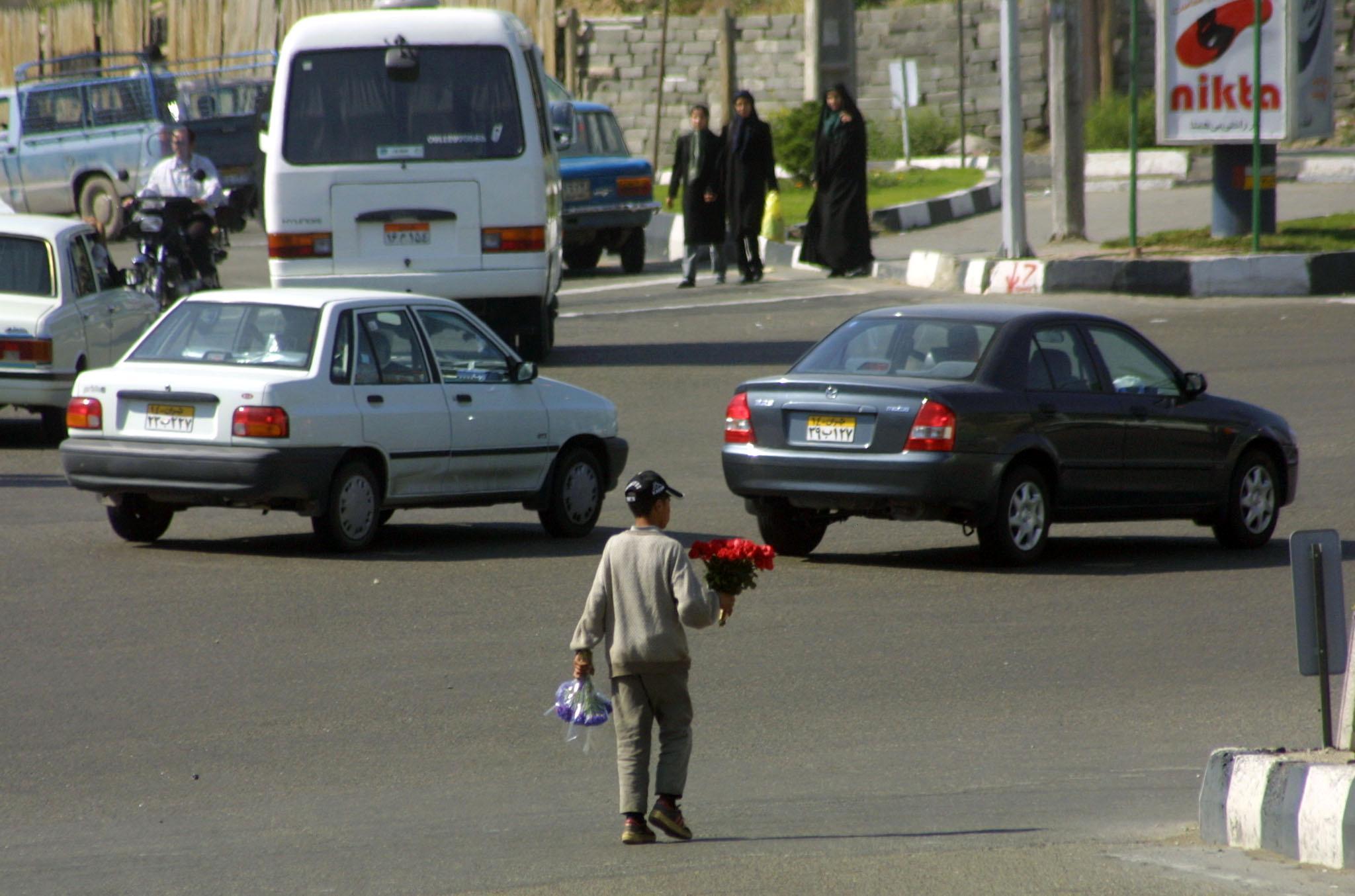 أكثر من 70% من أباء أطفال الشوارع أميون