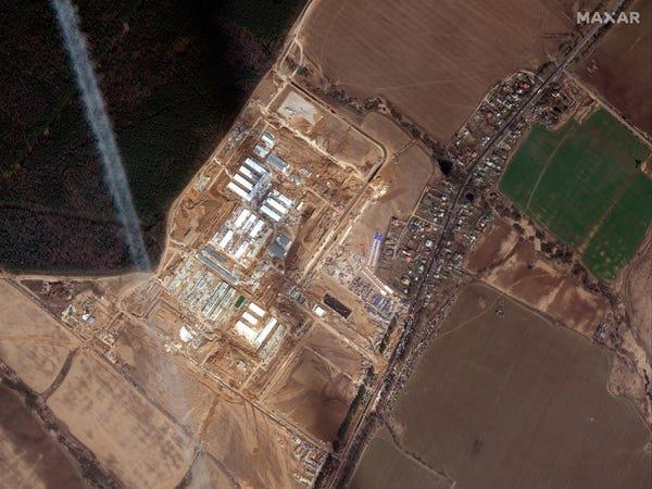صورة فضائية لأعمال بناء المستشفى خارج موسكو بنهاية مارس 2020