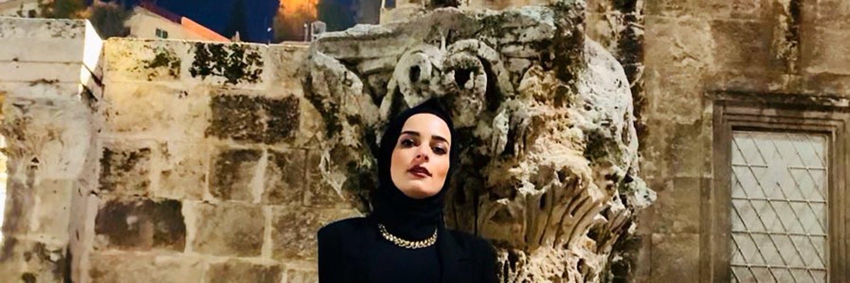 كيندا الخطيب ناشطة معارضة لحزب الله - @elkhatibkinda