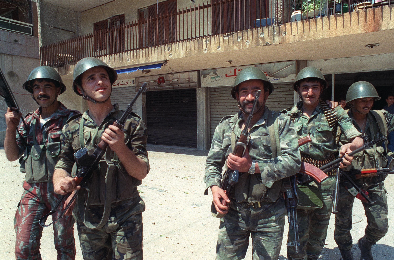 القوات السورية بقيت في لبنان لسنوات طويلة.
