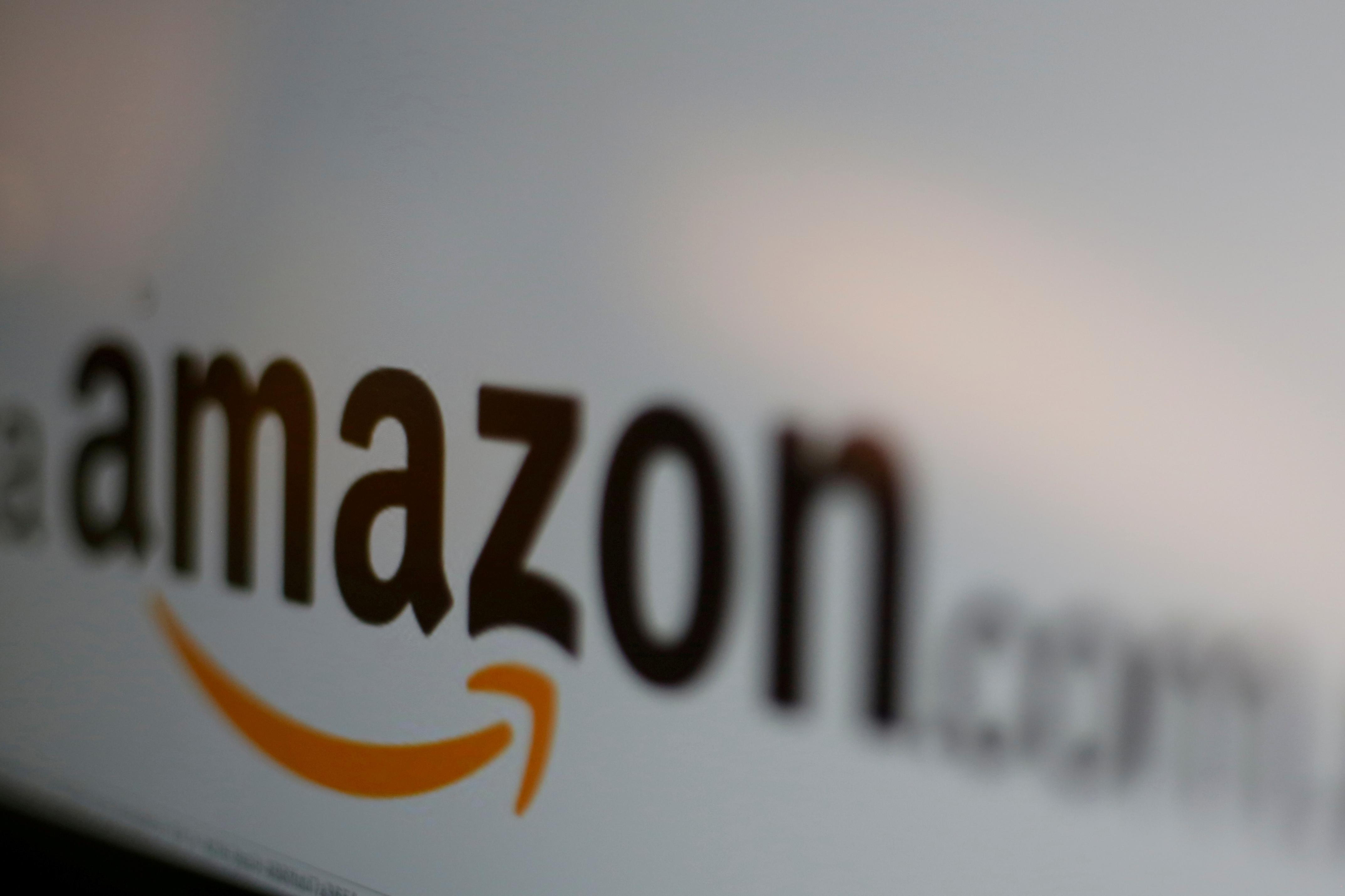 أعلنت شركة أمازون عن حاجتها لتوظيف 100 ألف شخص